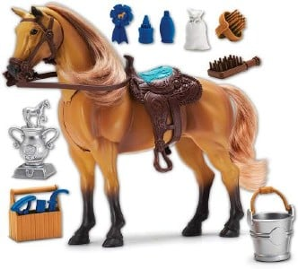 Tacking and dressing up a horse toy set for toddlers
