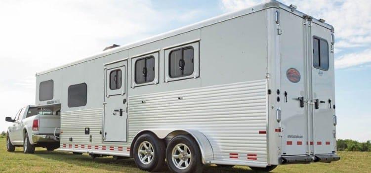 Pickup towing a Sundowner horse trailer