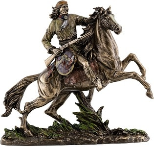 Geronimo Going to Battle Statue