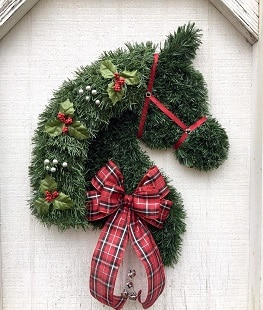 Horse head wreath with Christmas decorations