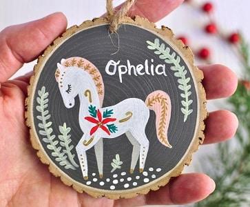 Wooden slice horse decoration