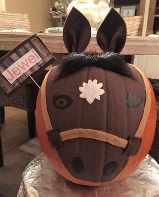 Horse head pumpkin painting art