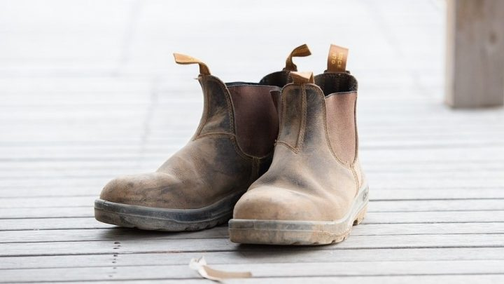 Best pull on work boots for men and women