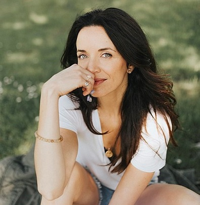 Michelle Morgan who plays Lou Fleming on the Heartland TV series