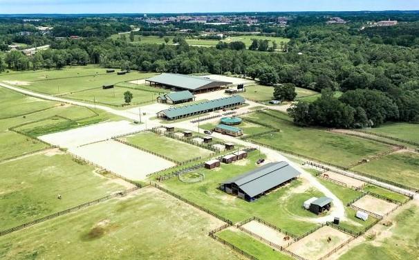 Auburn University student equine campus in Alabama