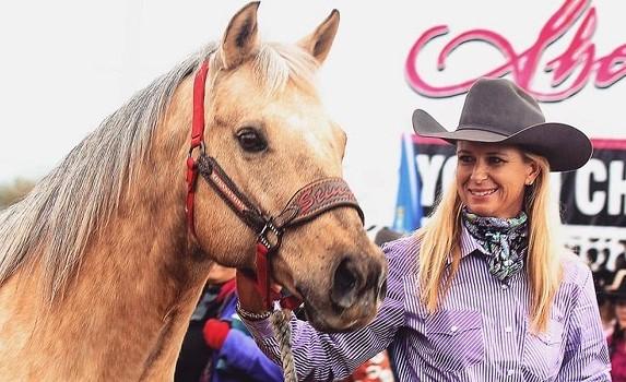 MP Meter My Hay, barrel racing horse legend