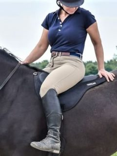 Best bareback saddle pads for horse riding bareback in comfort (Parelli and more!)