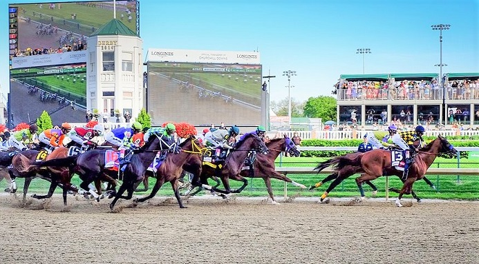 Horses racing in the 2014 Kentucky Derby at Churchill Downs