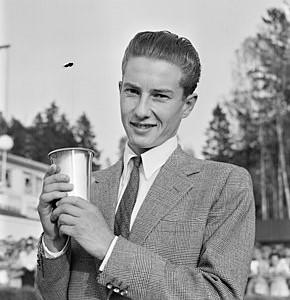 Famous horse racing jockey Lester Piggott