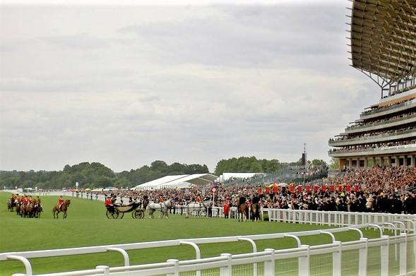 Queen Elizabeth arriving at the Royal Ascot horse race