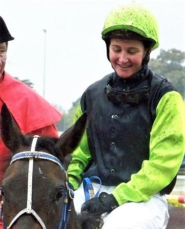 Michelle Payne on the racehorse Yosei
