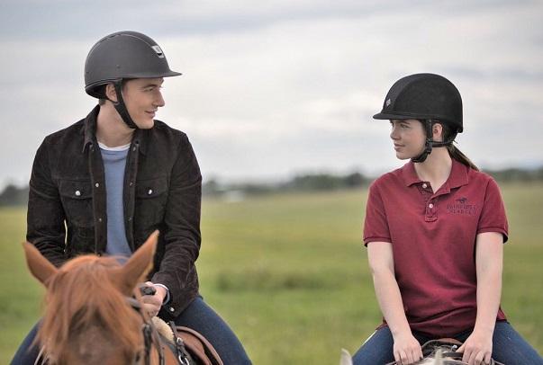 Quinn McGregor and Georgie Fleming-Morris horse riding on Heartland